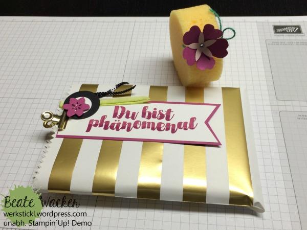 Post mit PS, Thinlits aus jeder Jahreszeit, Gestreifte Geschenktüten, Goldfarbene Buchklammern